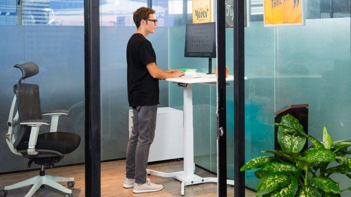 Single-legged Standing Desk