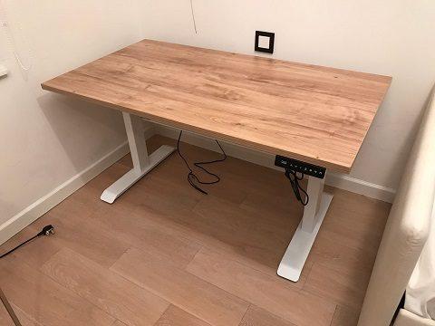 升降電腦桌